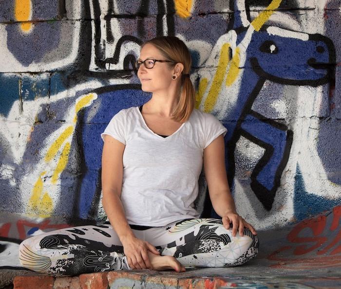 Emma Slow, Samatva jooga opettaja